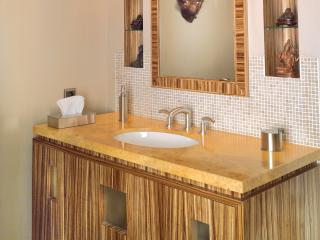 Meuble vasque en bois de zebrano