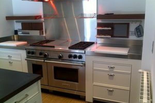 Fabrication de cuisine contemporaine